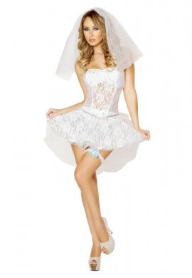 Newlywed Outfit