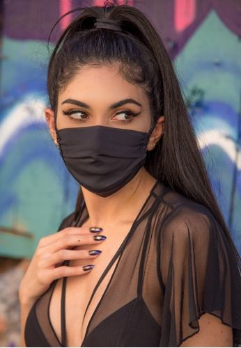 Black Stretch Pleated Mask with Filter