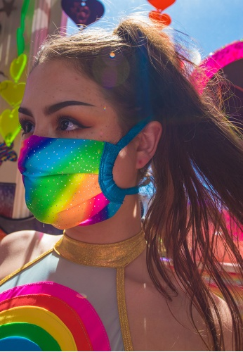 Diagonal Rainbow Mask with Filter